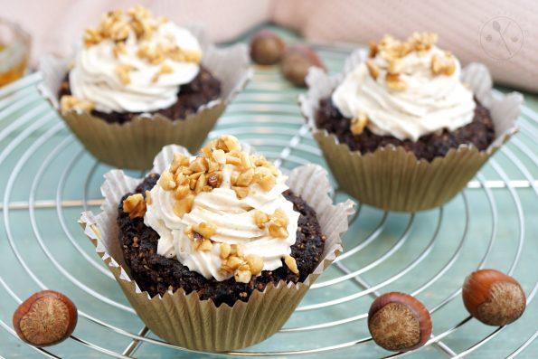 Low Carb Cupcake-Brownies mit Krokant