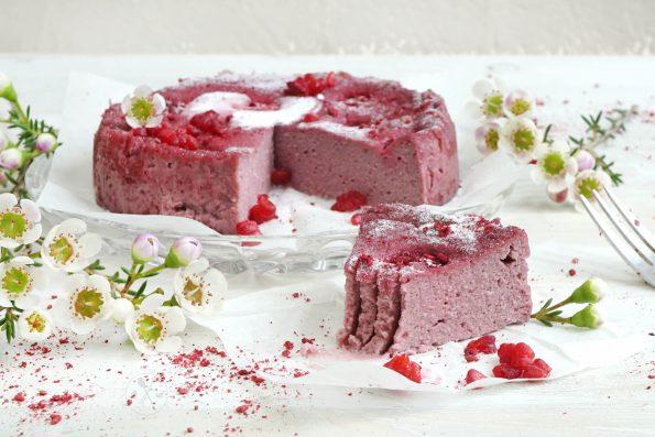 Saftiger Low Carb valentinstags Kuchen