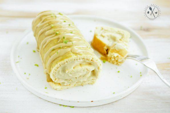 Low Carb Pistazien Biskuitrolle